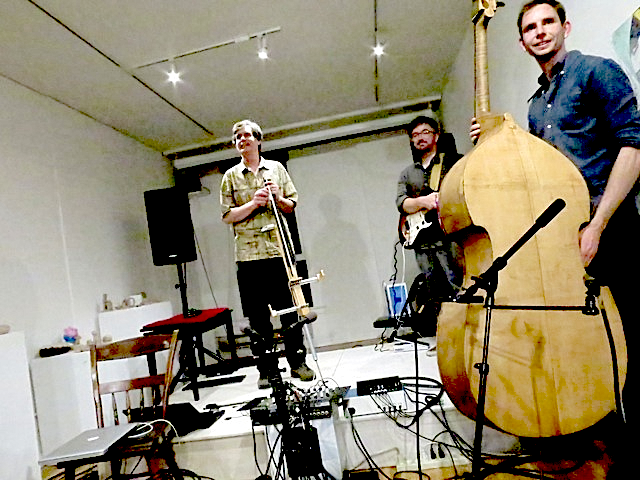 (L→R) Chris Chafe, Rob Hamilton & Sebastian Chafe @ Meridian Gallery, 15 May 2014 (photo - Michael Zelner)