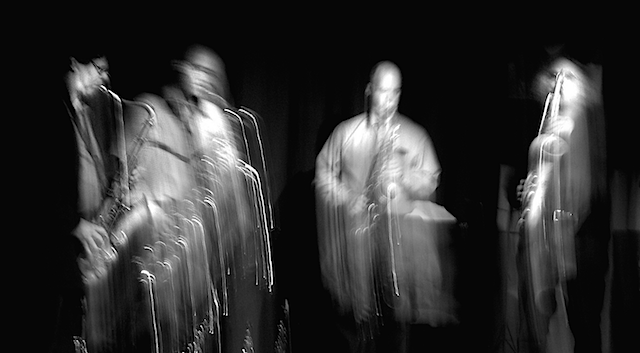 ROVA Saxophone Quartet (perhaps performing Braxton's Ghost Dance Music?), Jazzclub Unterfahrt, München 02 Nov 2005 (photo by Matthew Campbell)